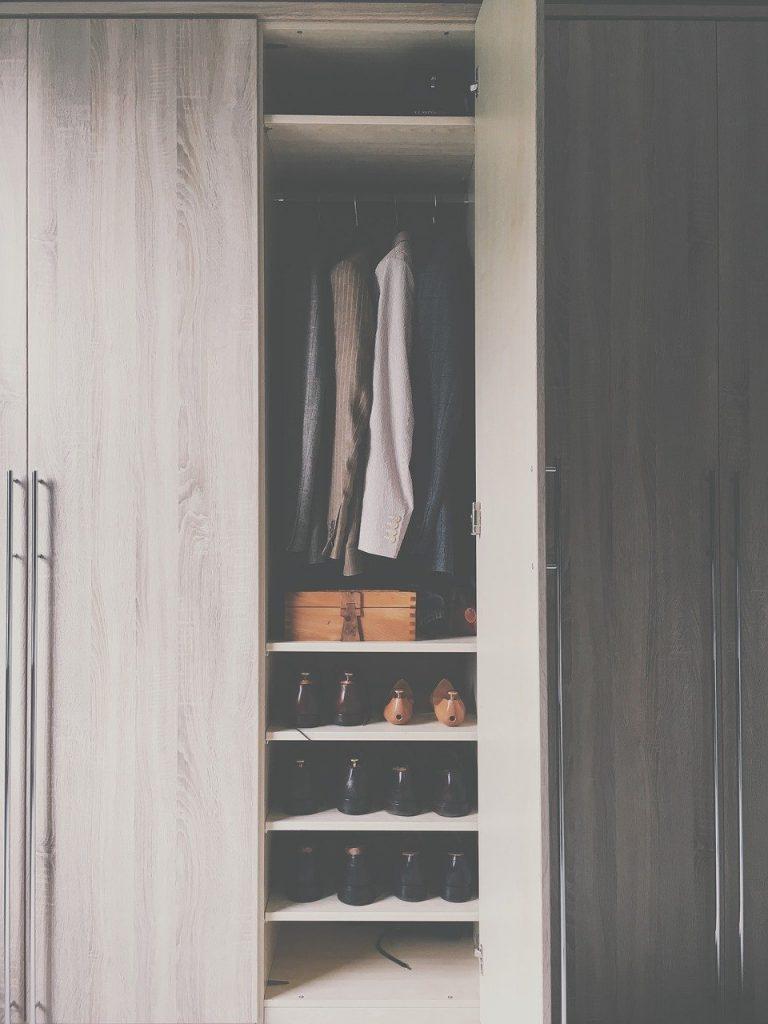 ארון בגדים מעוצב