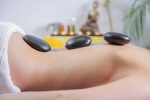 טיפול עם אבנים חמות