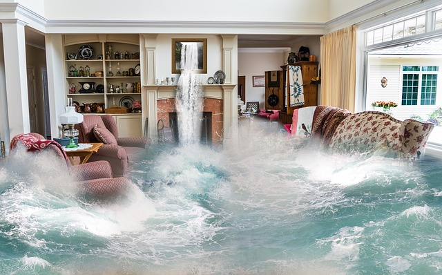 כמה עולה לשקם רצפה מנזקי מים